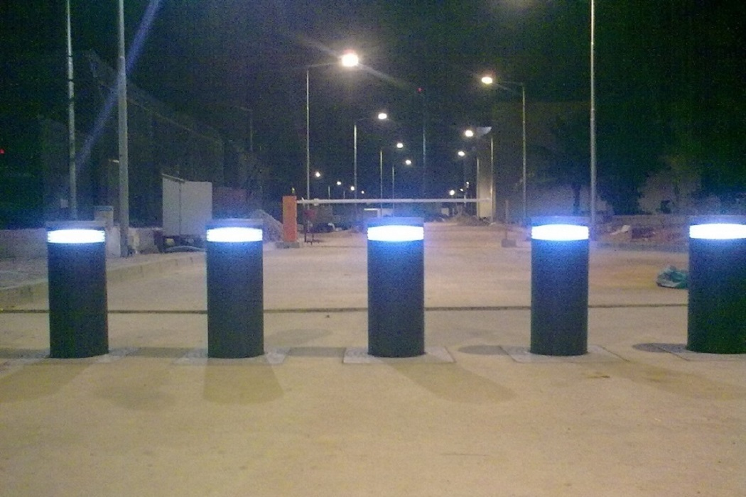 K4 rated Retractable Bollard | 12K Rated road blockers