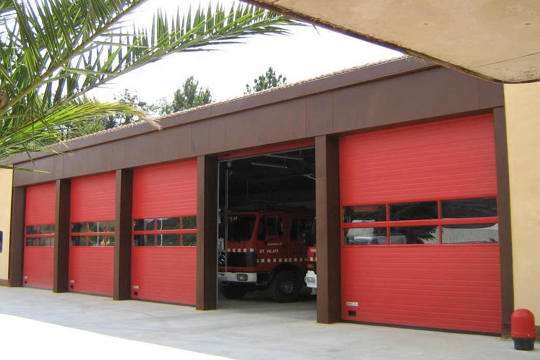 Industrial Overhead Sectional Doors