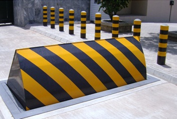 Crash Rated Road Blockers Spike Barriers Tyre Killers